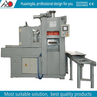 Flaskless molding machine