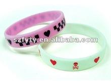 Amazing i love one direction silicon bracelets/ one direct