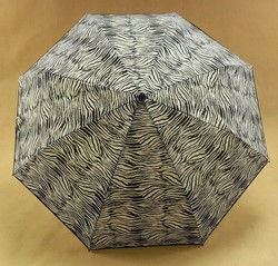 """21""""x 8 ribs 3 folding umbrella with automatic open and close"""