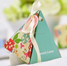 Fashion Unique Paper triangle Wedding Favors Candy Box Wholesale