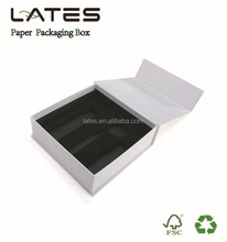 Matt white magnetic closure customized box accepted packaging gift box
