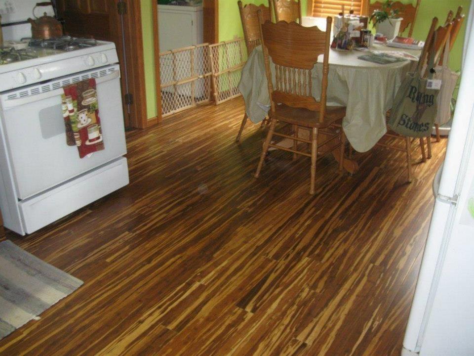 Cheap waterproof zebra strand woven bamboo flooring hot for Zebra strand bamboo flooring