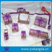 2015 Wholesale New Custom velvet jewelry box cover paper jewelry box
