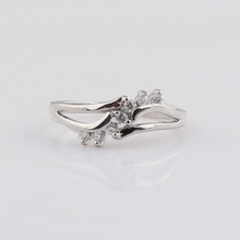 Hot sale charm cheap hand carved handmade women's synthetic diamond rings