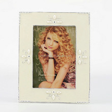 white metal photo frame ,picture photo frame ,multi magnetic photo frame HQ070013-35