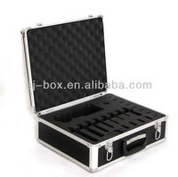 Hot sale padded aluminum case with good quality