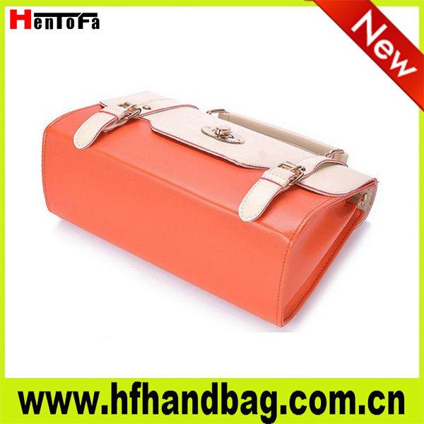 新しい2013ファッションバッグレディースハンドバッグ、 金属部品を持つ革新的なデザイン