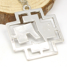 2015 Summer Factory Direct Sale Fashion Germany Band Silver Logo Necklace
