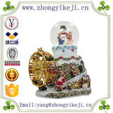 factory custom-made handmade carved fashion polyresin Glass Christmas Ornament