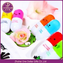 Cute Emotion,Smiling Face Pill Shape Ballpoint Pen Cute Cartoon Favor Retractable Ball Pen