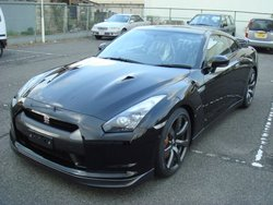 NISSAN BRAND NEW GT-R