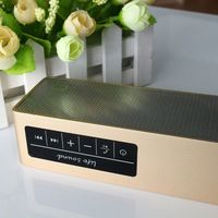 Bluetooth Music Receiver NFC Portable with 2200mAh li-ion battery for Stereo Speaker and headphones