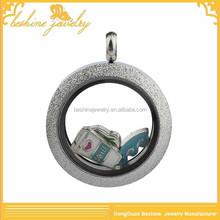 2015 Charming Matt Finished Plain Round Silver Locket Pendant