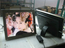 """guangdong factory 19"""" indoor advertising use LED digital photo frames with 5W speakers loud volume"""