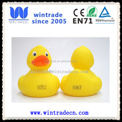 8cm yellow floating numbered rubber race duck