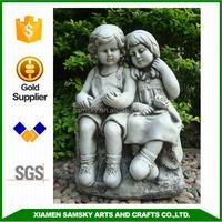 garden decoration loving couple figurine