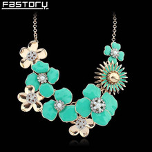 Exaggerated Colorful Flower Statement Necklace Delicate Epoxy Enamel Necklace Wholesale Heavy Costume Fashion Jewelry For Woman