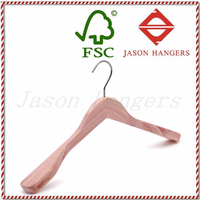 DL0618 Fashional personalized deluxe natural aromatic cedar coat hanger