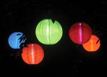 China low price hanging canvas fabric muti color solar lampion