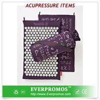 Organic hemp massage mattress with spikes for fitness