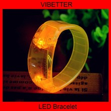 more interesting, more discount new products pretty and interesting sillicone led bracelet bangles ,good for christmas gift