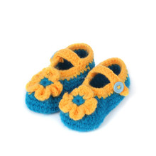 cute little flower type crochet baby shoes , yellow-green color handmade baby shoes with yellow crochet flowes NO.MXXPS0136