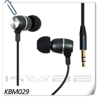 Exclusive packaging high sound quality earphone for all mobile phones