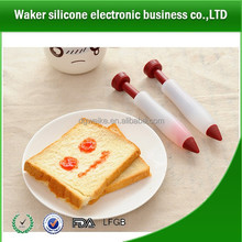 Food Grade silicone decorating pen for cake/cookies as a best christmas gift items
