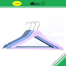 LM-3008A Super Market Solid Wooden Colored Clothes Hangers for Best Price