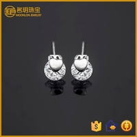 Teenage fashion cheap artificial diamond stud heart earrings rhodium plated real silver cheap stylish accessories