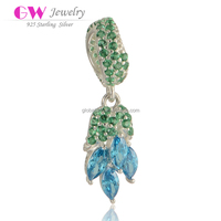Latest Design Gold Fish Paving Emerald Green And Turquise Zircon Charms Wholesale