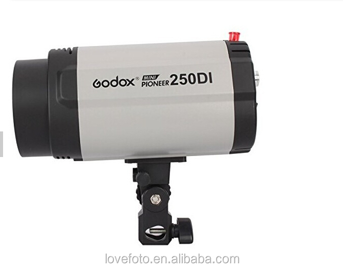 godox 250DI flash light 3