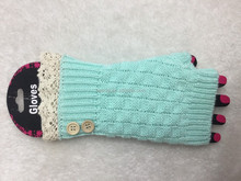 FASHION WHOLESALE NEW DESIGN MINT LACE BUTTON FINGERLESS MITTEN GLOVES FOR WOMEN