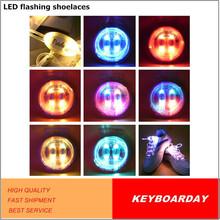 Intermitente con luces LED LED cordones de los zapatos para los deportes, festivales con cuatro modos de flash