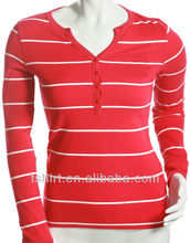 Camiseta larga de rojo y rayado blanco de manga para damas