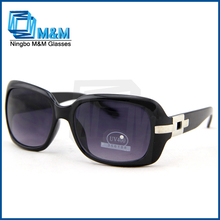 Fashion sunglass women lady sunglasses with metal ornament