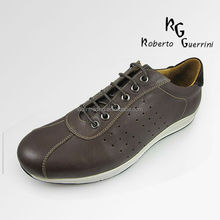 new designer man's sports shoes with rubber outsole