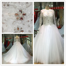 New Designer Classic Tulle A-line Long Sleeve Floor-length Lace Appliqued Wedding Gowns And Bridal Dress