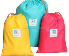 2015 cheap 600d polyester with 210d nylon lining bag/ pp handle gift bag/ trolly bag