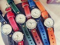 новый Европейский стиль моды часы кожаный ретро римские человек / женщина кварцевые часы рождественские подарки