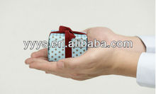 paper gift box polka dot