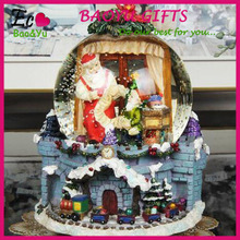 Christmas Decoration Resin snow globe glass snow globe crafts