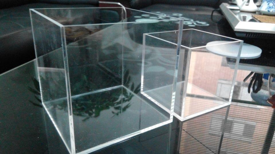 acrylic box 3.jpg