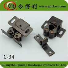 plastic cabinet latch cabinet door catch cabinet latches