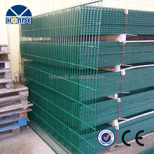 Best quality widely used metal galvanized welded wire fence panels