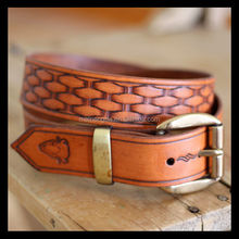 supply quality first men fashion embossed leather belt
