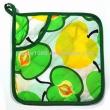 2014 hot selling full print red apple pattern 100% cotton cheap fruit design pot holder