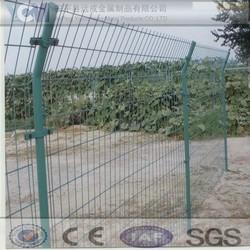 Alibaba wholesale Used rigid welded mesh fence panel& post