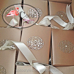 luxurious arabic acrylic boxed hard cover wedding invitations