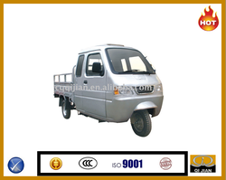200/250cc oil cooling closed cargo three wheel motorcycle/cargo tricycle with cabin for sale